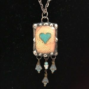 Jewelry - Adorable Heart Pendant Necklace